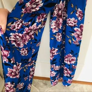 Band of Gypsies Pants - NWT blue floral band of gypsies jumpsuit size larg